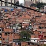 Desigualdade para de cair e fica no mesmo nível desde 2011, diz IBGE http://t.co/Bndrj3KElY http://t.co/rXJ4ZIgMsT