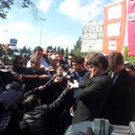 Los trabajadores denuncian: el Gobierno no da respuesta al reclamo por despidos en Lear, pero manda a reprimir. http://t.co/Dfb0ZERvQo
