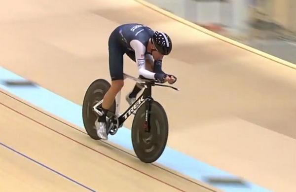 . @TheJensie of @TrekFactory breaks 1 hour record with 51.115km http://t.co/hCtbLw32gj #cycling #switzerland http://t.co/H5b5S5C7kX