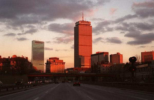 Boston turned 384 years old yesterday. Happy birthday, #Boston! http://t.co/rKekPv4wE0 http://t.co/qvccAAFsr3
