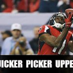 RT @jeannathomas: That Falcons drive ended in a touchdown pass to @bountys @juliojones_11! Way to #RiseUp! #paid http://t.co/aKMtNyJbZj