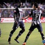 FOTO: El festejo tras el gol de Marcos Mondaini, que abrió el marcador para @CSEmelec ante River Plate (U) http://t.co/v0WPGnDf2m