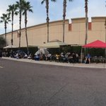 RT @GordonHelser: #iphone6line 76 in line at Intl Plaza Tampa http://t.co/WJIf3ed9Fm