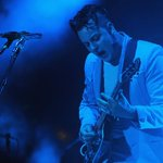 Jack White slaaaams the Foo Fighters and Rolling Stone in concert: http://t.co/7LkTY5MtMi