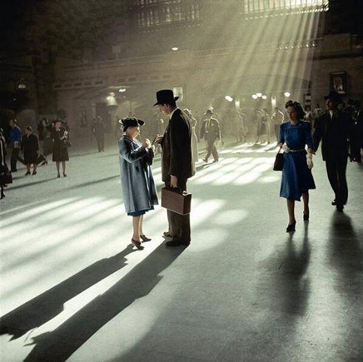 Grand Central, 1941 (Colorized) http://t.co/Lg3TTJACuK