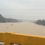 RT @ANCALERTS: Marikina River still on CRITICAL ALERT. Water level nearly 20m. (Photo via @akoposizandro) http://t.co/xqKkhiKDzq