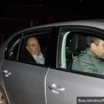 RT @georgeeaton: Mournful-looking Salmond at Aberdeen airport. (Via @Daily_Record). http://t.co/bH8elc2FXm