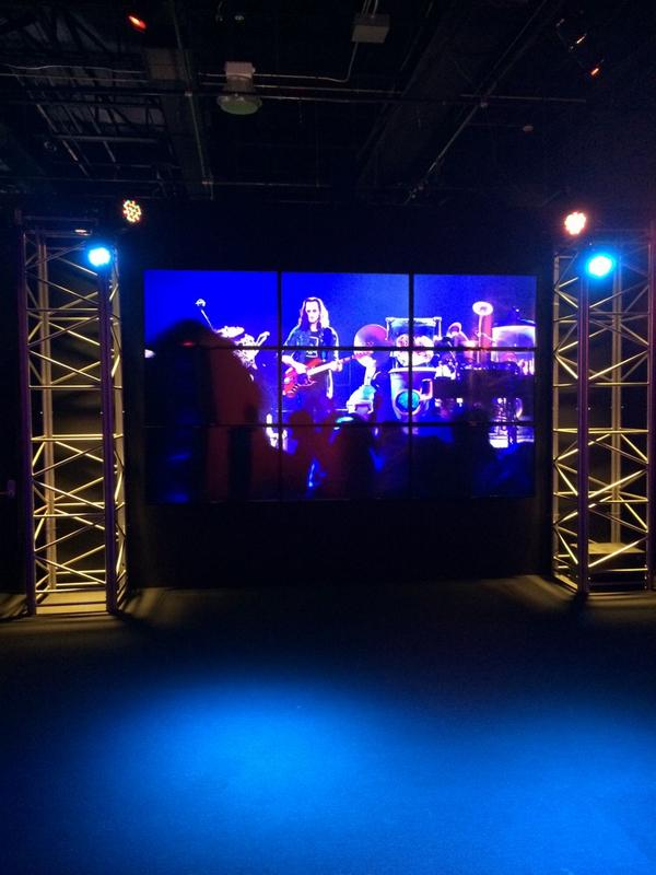 This may be the coolest exhibit I have been to @OntScienceCtr! Check out @scienceofrock soon! #ScienceRocks http://t.co/EQFe4y5FZV