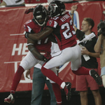 RT @YahooSports: Devin Hester breaks Deion Sanders #NFL record for return touchdowns --> http://t.co/NZLA2YyryR http://t.co/s9XSJ7APFH