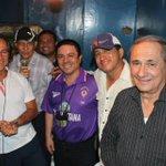 RT @PatoCornejo: Grupo de transmisión de @CaravanaDeporte en partido de @SudamericanaCSF entre @CSEmelec y River uruguayo. http://t.co/oOOuFsEu1v
