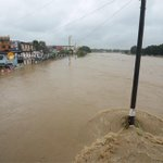 Stay safe, everyone. #MarioPH Photo of Marikina River taken at Marcos Bridge, Marikina City by @MartinSanDiego http://t.co/Kidm6lZJmI