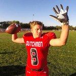Digging the glove. A-C frosh QB Noah Myers warming up Thursday #LLsports http://t.co/BcSAWkKsNT