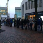 The #iphone6 @bullring queue is now halfway down New Street! http://t.co/YFmO1EGwlP