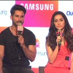"""""""Our prayers are with all the people in Kashmir,"""" says @shahidkapoor http://t.co/19RdEyWye5 http://t.co/AzaESCW5x0"""