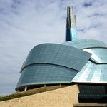 RT @globalwinnipeg: Live stream of Canadian Museum for Human Rights opening ceremonies starts at 10:30 #CMHR2014 http://t.co/UFHY4J5tMU http://t.co/5CZ3HXSLyo