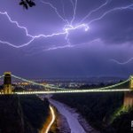 Best photo Ive seen of last nights storms in Bristol via @pdgphotos http://t.co/fVPsBYmDYa