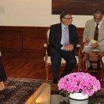 RT @narendramodi Had a wonderful meeting with @melindagates & @BillGates. http://t.co/PYjNderNDK
