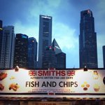 RT @HCAPhillipson: 8 out of 11 F1 teams come from Britain...so does the fish and chips...#SingaporeGP #F1NightRace #FoodisGREAT http://t.co/71LGdBZjrM