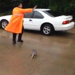 RT @KHOU: Great video: HPD officer helps armadillo escape the flooding at Cullen Park http://t.co/YhZGNUIXJT #HouNews http://t.co/2TGLryHTnK