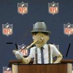 RT @NFLRT: Roger Goodell press conference be like http://t.co/XZwTKlWntf