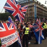 RT @alextomo: Unionists singing and demonstrating and throwing flares http://t.co/YoWDIkwruF