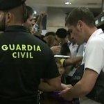 RT @A3Noticias: Iker Casillas, recibido en La Coruña con el cariño que le escasea en el Bernabéu [VIDEO] http://t.co/DiUoGrFcNv http://t.co/VVzAAdi0QL