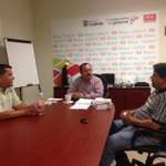 En reunión con Comité del Sindicato de Obreros Progresistas de la Estrella @SETRA_COAH @rubenmoreiravdz http://t.co/2QajZcR5yy