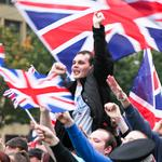 Loyalist hate mob intimidates peaceful #YesScotland group #GeorgeSquare. Welcome to the new union #indyref #Glasgow http://t.co/pSfRxymaEJ