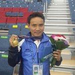 The Indian pistol king - Jitu Rai with his Gold medal #AsianGames2014 @virenrasquinha @geetssethi @padukoneprakash http://t.co/061tdSFvUL