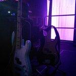 Bass guitars ready to rock. @WALKTHEMOONband #uafwalkthemoon #rockshow http://t.co/RNiglRr8Rn