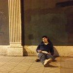 RT @INFORMADORCHILE: FOTO DENUNCIA ayude a este persona ebria y me trato de asaltar. Moraleja no ayude a nadie! Santiago http://t.co/sVk157leCE