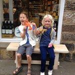 RT @blueduck999: @ramusforfish @StrayFM two very happy lobster hunters! #Ramus40 http://t.co/jHrL3tEqxz
