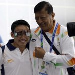 Shooter Jitu Rai Bags First Gold for India #AsianGames2014 Congratulations to Jitu Rai & coach Mohinder Lal. http://t.co/K7lEBZJw6F