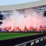 RT @RonFSV: Zoals het hoort ! Fakkels, gezang, passie; Feyenoord ! #feyaja http://t.co/gFmOJ2mmx2
