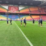 RT @AFCAjax: #Ajax begint de laatste training voor #Klassieker rustig. Vanaf 11 uur mogen de fans toekijken. #feyaja http://t.co/gIOEt8Uh3C