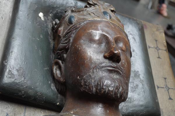 It's the anniversary of Richard I's birth. Here's a close up cast of his effigy features. http://t.co/sWgZ4ryole