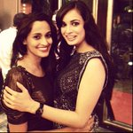 RT @diamirza_fc: The lovely @deespeak  with @ShwetaPandit7 :) #TeamDia http://t.co/Xgp2ji4BJO