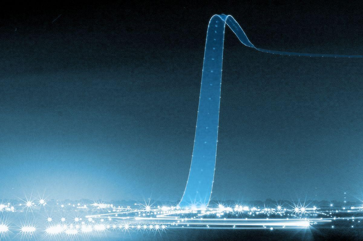 Long exposure of an airliner lifting off: http://t.co/8ti98qjBJm