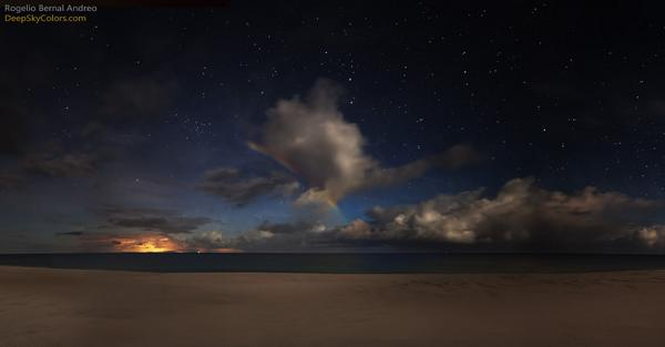 Moonbow Beach  http://t.co/PQQ5zq49hL http://t.co/5ec6sn2vB8
