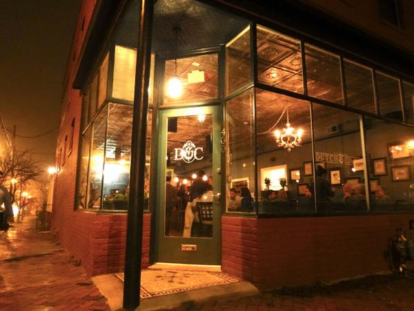 Dutch and Co. up for FOOD & WINE Best New Bar http://t.co/4LsiCvG9tf #rvadine http://t.co/EhBdwpntTm