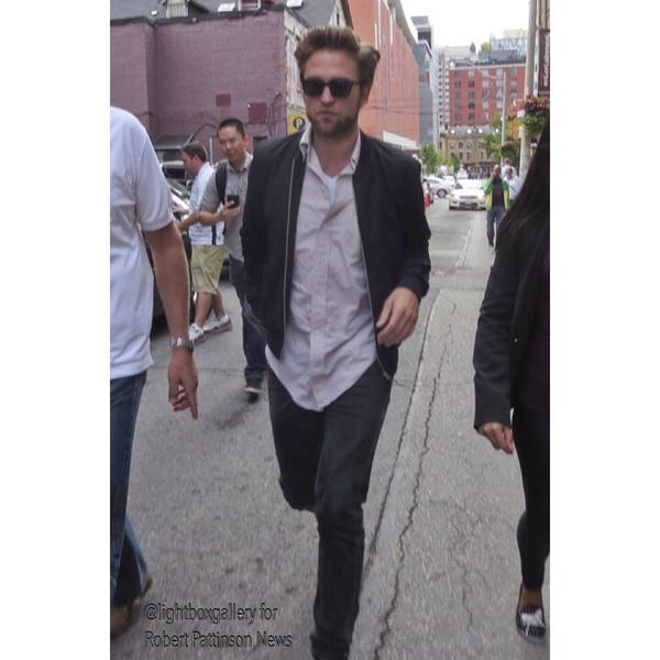 Hot exclusive: Robert Pattinson at #TIFF14 by @lightboxgallery. #MapsToTheStars http://t.co/7yShoUmMGD