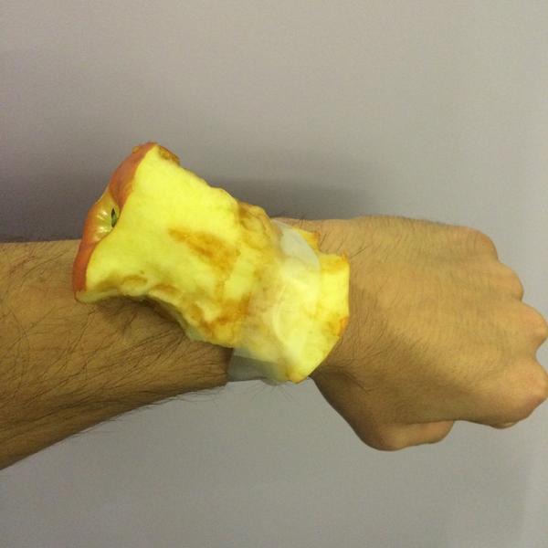 Got an apple watch http://t.co/ML2s5HR73f