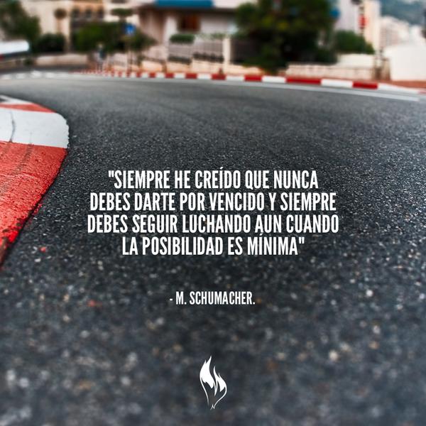 El piloto que nos enseñó que la pista más importante es la vida. #F1 http://t.co/gu3cZIaaKj