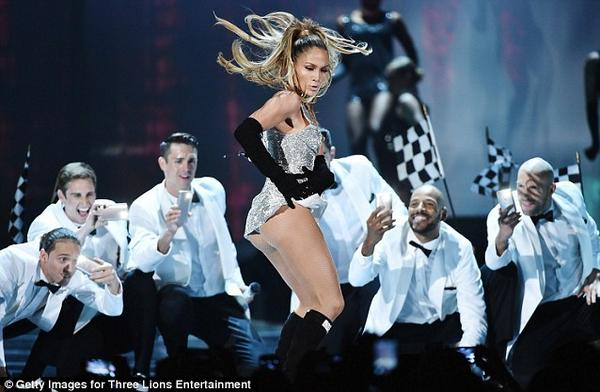 """@JLo_WoDeAi: @JLo you did it again, you killed it like nobody else, you've never failed to amaze us"