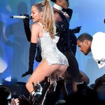RT @usweekly: Go to work! J.Lo brought the house down with her
