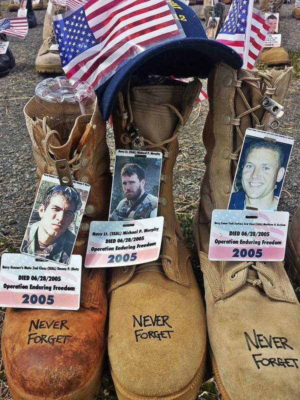 @SEALofHonor Spending time with Dietz, Murph and Axelson on Ford Island today. Never Forget. #WarriorWednesday http://t.co/QbNjRdAbYw
