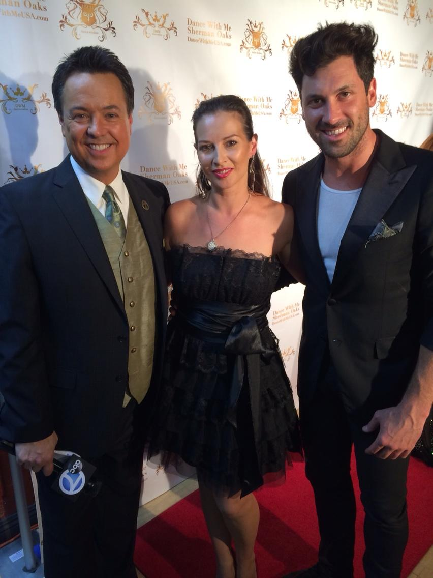 Elena Grinenko  @elenagrinenko: RT @ABC7George: W/ @ElenaGrinenko & her former competitive partner @MaksimC. Partnered up again 4 a studio in Valley. http://t.co/k3Mwvw5Wwi