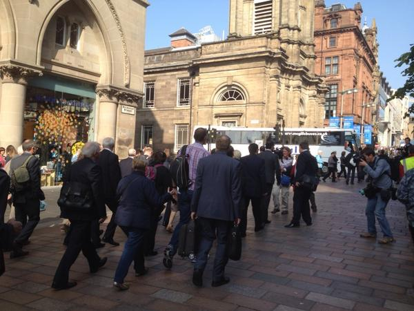 #labourtrain MPs now striding up Buchanan St, one or two hecklers. Someone following playing Star Wars imperial march http://t.co/KSWqcxaVMl