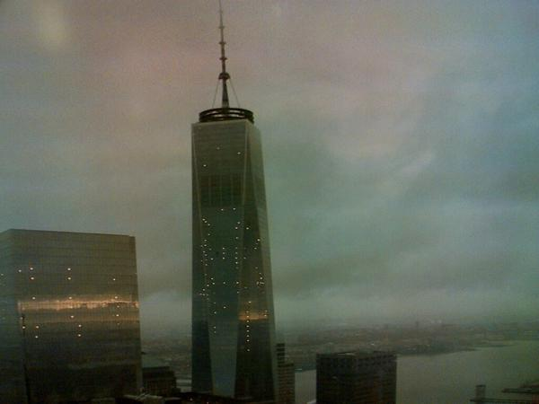 1 World Trade Center this am. #NeverForget http://t.co/ODw2nkJ0ZP