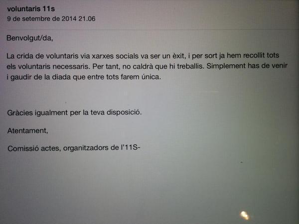 Aquests són els emails falsos dels que alerta @assemblea (enviats pel lector  @Serx93) http://t.co/Mi9mzLM0Eb http://t.co/NjetAT9lvZ